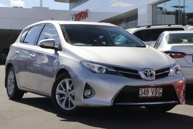 Pre-Owned Toyota Corolla ZRE182R Ascent Sport S-CVT Woolloongabba, 2014 Toyota Corolla ZRE182R Ascent Sport S-CVT Silver Pearl 7 Speed Constant Variable Hatchback
