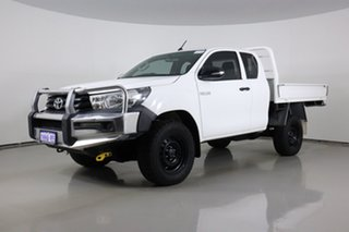 2015 Toyota Hilux GUN125R Workmate (4x4) White 6 Speed Manual X Cab Cab Chassis.