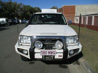2003 Toyota Landcruiser HDJ100R Sahara White 5 Speed Automatic Wagon.