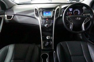 2014 Hyundai i30 GD2 MY14 Trophy Creamy White 6 Speed Manual Hatchback