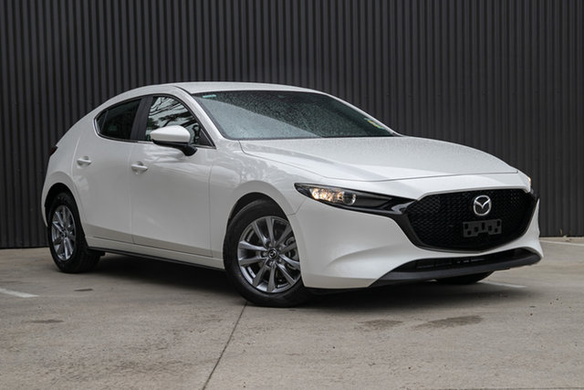New Mazda 3 BP2H7A G20 SKYACTIV-Drive Pure Mornington, 2021 Mazda 3 BP2H7A G20 SKYACTIV-Drive Pure Snowflake White Pearl 6 Speed Sports Automatic Hatchback