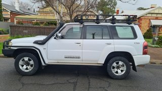 2010 Nissan Patrol GU VII ST (4x4) White 5 Speed Manual Wagon.