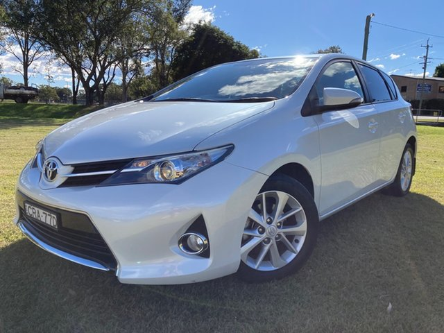 Used Toyota Corolla ZRE182R Ascent Sport South Grafton, 2013 Toyota Corolla ZRE182R Ascent Sport Crystal Pearl 7 Speed CVT Auto Sequential Hatchback