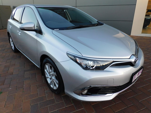Used Toyota Corolla ZRE182R Ascent Sport Toowoomba, 2015 Toyota Corolla ZRE182R Ascent Sport Silver 6 Speed Manual Hatchback