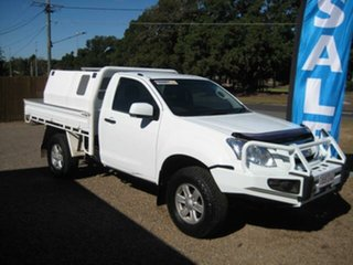 2014 Isuzu D-MAX White Automatic Cab Chassis