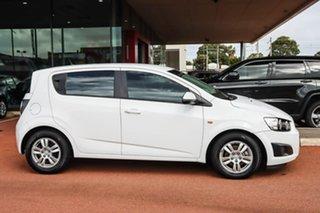 2014 Holden Barina TM MY14 CD White 6 Speed Automatic Hatchback