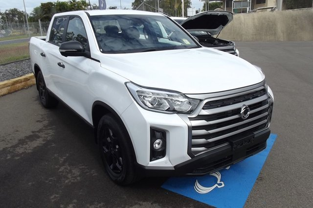 New Ssangyong Musso Q215 MY21 Ultimate Luxury Crew Cab South Gladstone, 2021 Ssangyong Musso Q215 MY21 Ultimate Luxury Crew Cab White 6 Speed Sports Automatic Utility