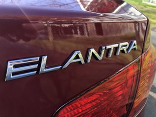 2010 Hyundai Elantra HD MY10 SX Red 5 Speed Manual Sedan