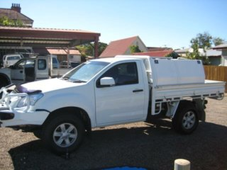 2014 Isuzu D-MAX White Automatic Cab Chassis.