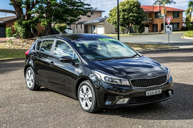 Used Kia Cerato YD MY18 S Port Macquarie, 2018 Kia Cerato YD MY18 S Aurora Black 6 Speed Sports Automatic Hatchback