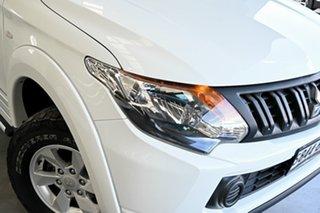 2017 Mitsubishi Triton MQ MY17 GLX+ Club Cab White 5 Speed Sports Automatic Utility.