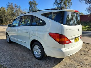 2012 Ssangyong Stavic A100 MY08 White 5 Speed Sports Automatic Wagon.