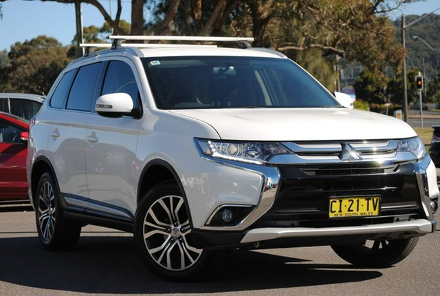 Used Mitsubishi Outlander ZK MY17 LS 2WD Safety Pack West Gosford, 2016 Mitsubishi Outlander ZK MY17 LS 2WD Safety Pack White 6 Speed Constant Variable Wagon