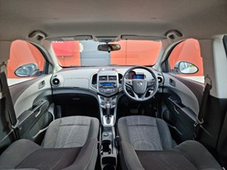 2014 Holden Barina TM MY15 CD Silver 6 Speed Automatic Hatchback.