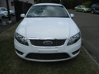2010 Ford Falcon FG G6 Limited Edition White 5 Speed Automatic Sedan.