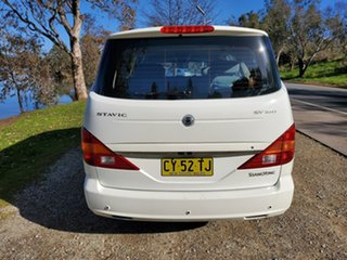 2012 Ssangyong Stavic A100 MY08 White 5 Speed Sports Automatic Wagon