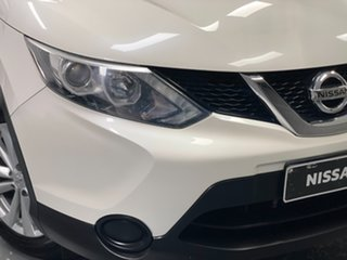 2017 Nissan Qashqai J11 ST Ivory Pearl 1 Speed Constant Variable Wagon.
