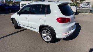 2015 Volkswagen Tiguan 5N MY15 155TSI DSG 4MOTION R-Line White 7 Speed Sports Automatic Dual Clutch