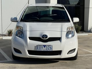 2010 Toyota Yaris NCP90R MY10 YR White 5 Speed Manual Hatchback.