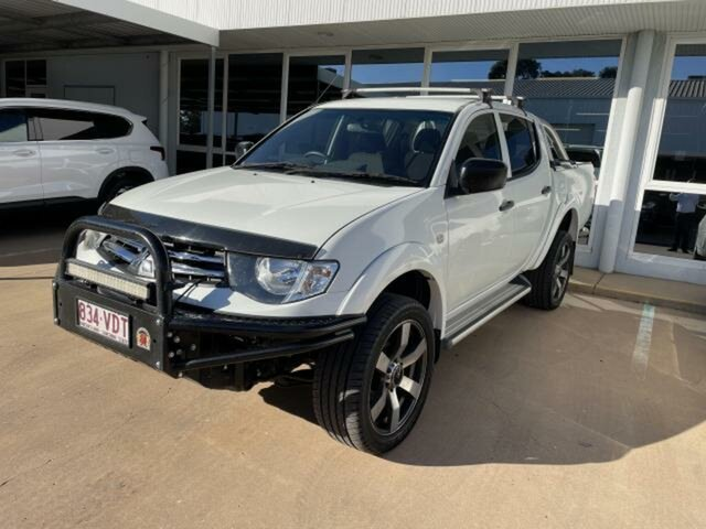 Pre-Owned Mitsubishi Triton MN MY14 Update GLX (4x4) Emerald, 2014 Mitsubishi Triton MN MY14 Update GLX (4x4) White 4 Speed Automatic 4x4 Double Cab Utility