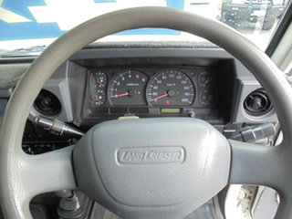 2002 Toyota Landcruiser HDJ79R RV White 5 Speed Manual Cab Chassis
