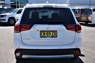 2016 Mitsubishi Outlander ZK MY17 LS 2WD White 6 Speed Constant Variable Wagon