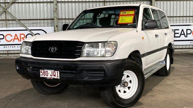 Used Toyota Landcruiser HZJ105R Standard Rocklea, 2002 Toyota Landcruiser HZJ105R Standard White 5 Speed Manual Wagon