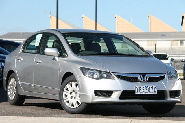 Used Honda Civic 8th Gen MY10 VTi Essendon North, 2011 Honda Civic 8th Gen MY10 VTi Silver, Chrome 5 Speed Automatic Sedan
