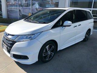 2017 Honda Odyssey RC MY17 VTi-L White 7 Speed Constant Variable Wagon.
