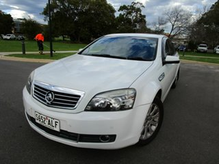 2007 Holden Statesman WM MY08 V6 White 5 Speed Auto Active Select Sedan.