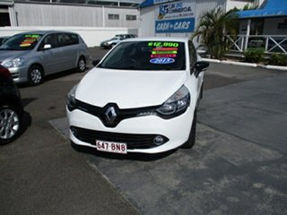 2015 Renault Clio White 4 Speed Automatic Hatchback.
