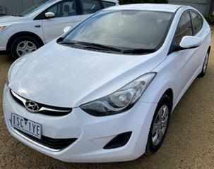 2013 Hyundai Elantra White Sedan.