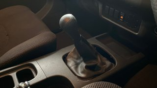2007 Nissan Navara D40 ST-X 4x2 Grey 6 Speed Manual Utility