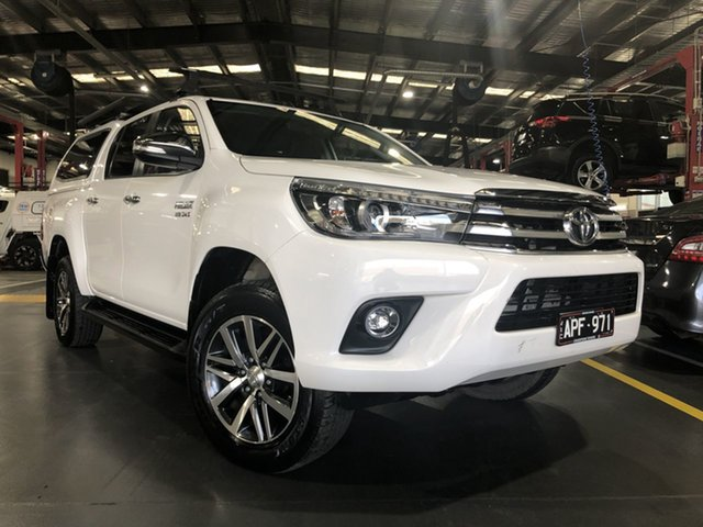 Pre-Owned Toyota Hilux GUN126R SR5 Double Cab Oakleigh, 2017 Toyota Hilux GUN126R SR5 Double Cab Glacier White 6 Speed Sports Automatic Utility