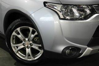 2014 Mitsubishi Outlander ZJ MY14.5 ES 2WD Silver 6 Speed Constant Variable Wagon.