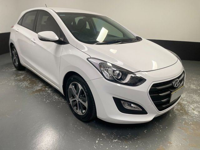 Used Hyundai i30 GD4 Series II MY17 Active X Hamilton, 2016 Hyundai i30 GD4 Series II MY17 Active X Polar White 6 Speed Sports Automatic Hatchback