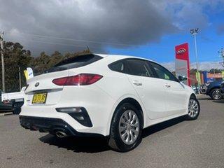 2019 Kia Cerato Hatch S Clear White Sports Automatic Hatchback.