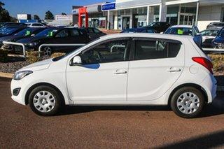 2014 Hyundai i20 PB MY15 Active White 4 Speed Automatic Hatchback.