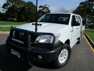 2011 Toyota Hilux KUN26R MY12 SR (4x4) White 5 Speed Manual Dual Cab Chassis.