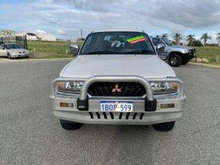 2000 Mitsubishi Challenger PA-MY01 LS (4x4) White 4 Speed Automatic 4x4 Wagon.