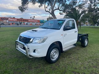 2015 Toyota Hilux KUN26R MY14 SR White 5 Speed Automatic Cab Chassis.