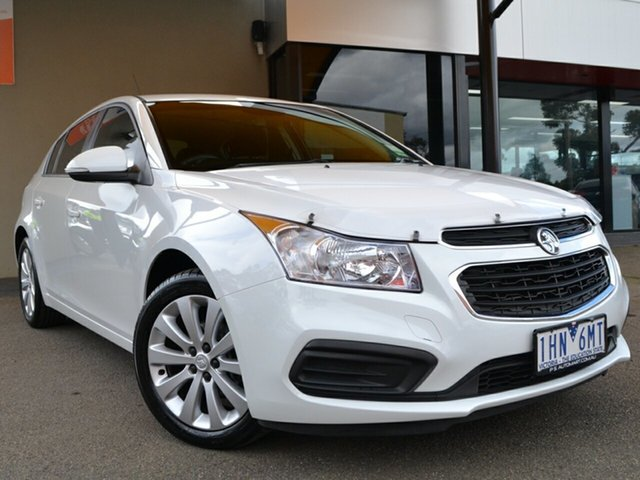 Used Holden Cruze JH Series II MY16 Equipe Fawkner, 2016 Holden Cruze JH Series II MY16 Equipe White 6 Speed Sports Automatic Hatchback