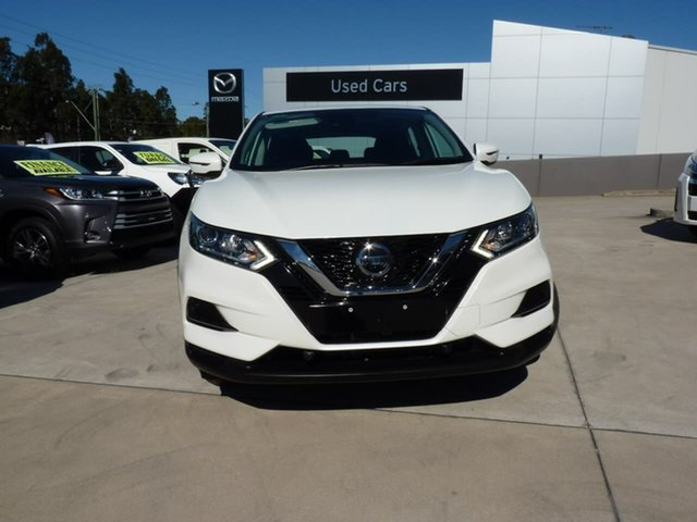 Pre-Owned Nissan Qashqai J11 Series 2 ST X-tronic Blacktown, 2018 Nissan Qashqai J11 Series 2 ST X-tronic Ivory Pearl 1 Speed Constant Variable Wagon
