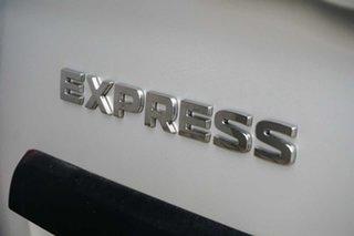 2021 Mitsubishi Express Silver Manual