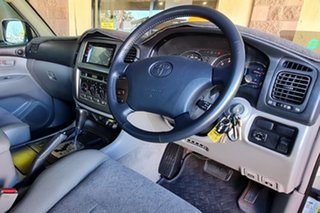 2004 Toyota Landcruiser UZJ100R GXL Grey 5 Speed Automatic Wagon.