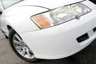 2003 Holden Commodore VY II 25th Anniversary White 4 Speed Automatic Sedan.