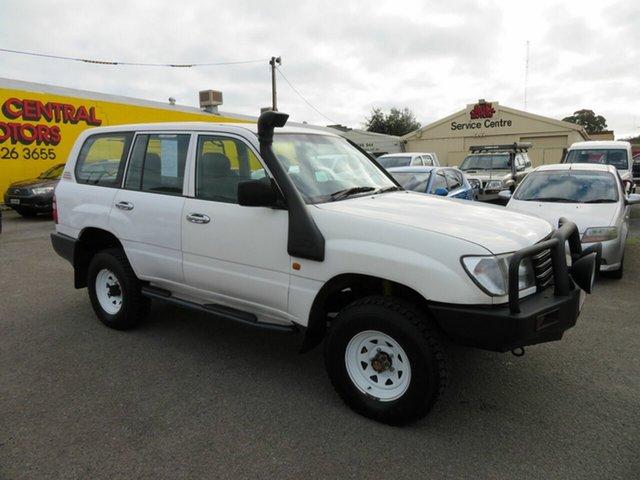 Used Toyota Landcruiser HZJ105R (4x4) Morphett Vale, 2003 Toyota Landcruiser HZJ105R (4x4) White 5 Speed Manual 4x4 Wagon