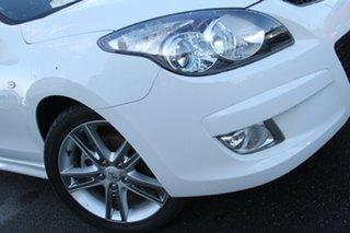 2011 Hyundai i30 FD MY11 SR White 5 Speed Manual Hatchback.