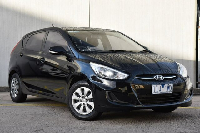 Used Hyundai Accent RB4 MY16 Active Oakleigh, 2016 Hyundai Accent RB4 MY16 Active Black 6 Speed Manual Hatchback