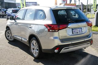 2021 Mitsubishi Outlander ZL MY21 ES 2WD Sterling Silver 6 Speed Constant Variable Wagon.